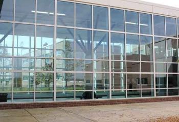 панорамный витраж фасада здания